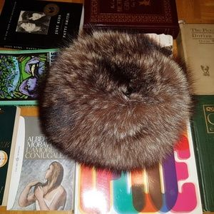 Accessories - Vintage Raccoon Fur Hat. Professionally Cleaned!
